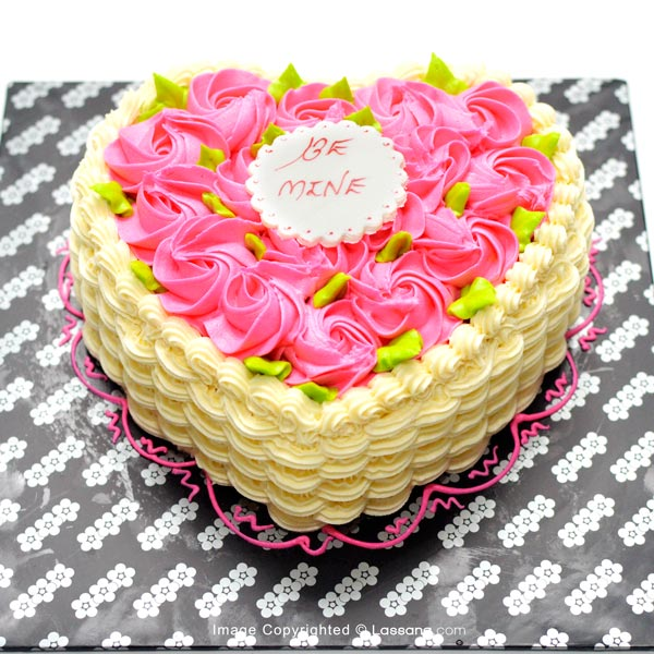 HEART SHAPED CAKE WITH PINK ICING ROSES 1Kg - Lassana Cakes - in Sri Lanka
