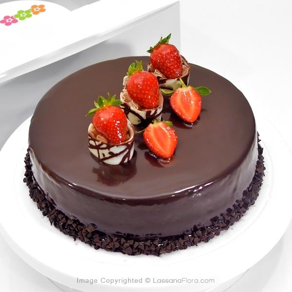 LASSANA STRAWBERRY DELIGHT CAKE - 1Kg (2.2 llbs) - Lassana Cakes - in Sri Lanka