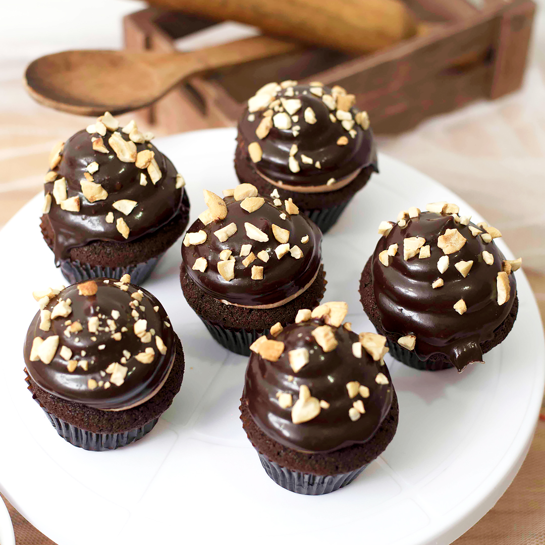 CHOCOLATE & COFFEE CUP CAKE  - 06 PCS - Lassana Cakes - in Sri Lanka