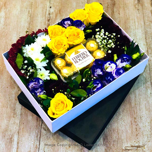 FERRERO BOX & FLOWER BOX - 2 - Gift Packs - in Sri Lanka
