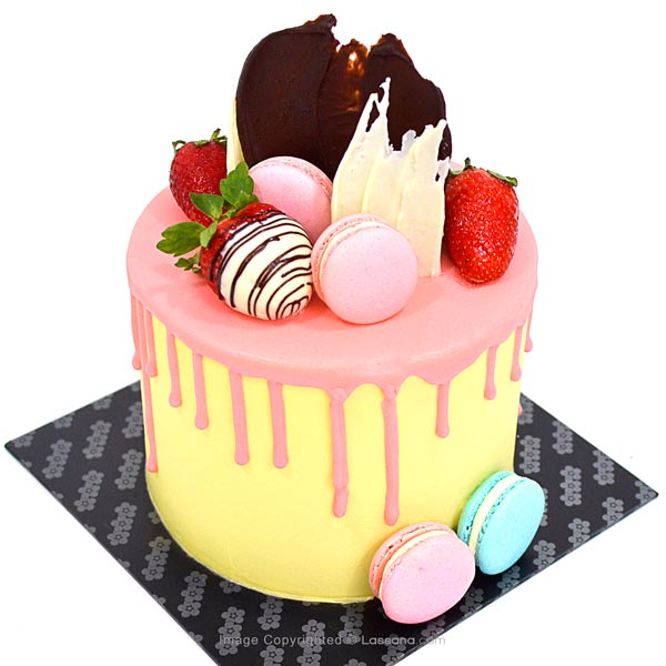 DRIP STRAWBERRY CAKE - 1Kg (2.2lbs) - Lassana Cakes - in Sri Lanka